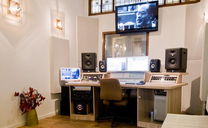 Er meubel amsterdam woonhuis amsterdam by lenny teakhouten meubelen en landelijke tafels - Meubels studio ...