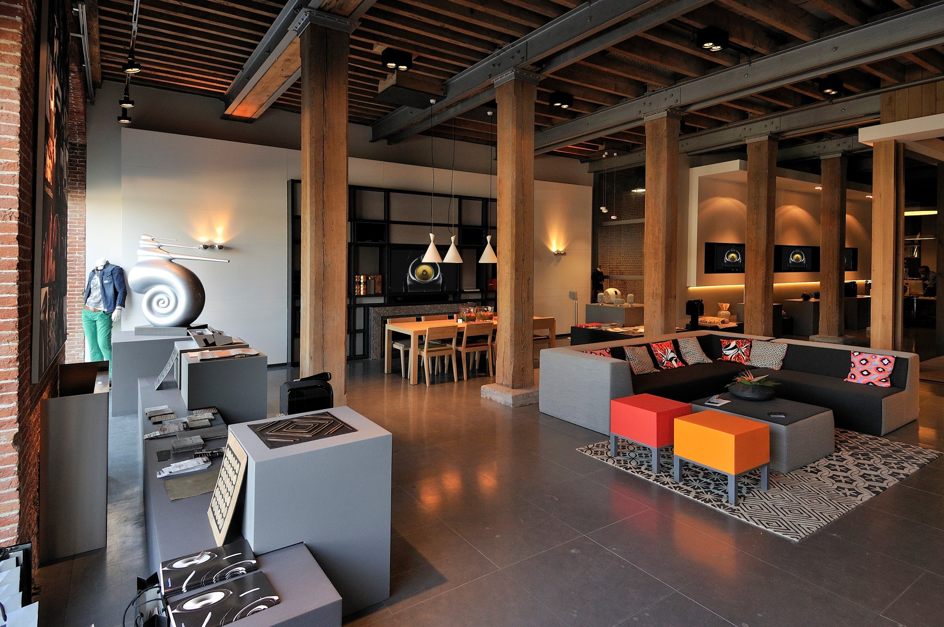 Akoestiek Bowers & Wilkins HQ Benelux