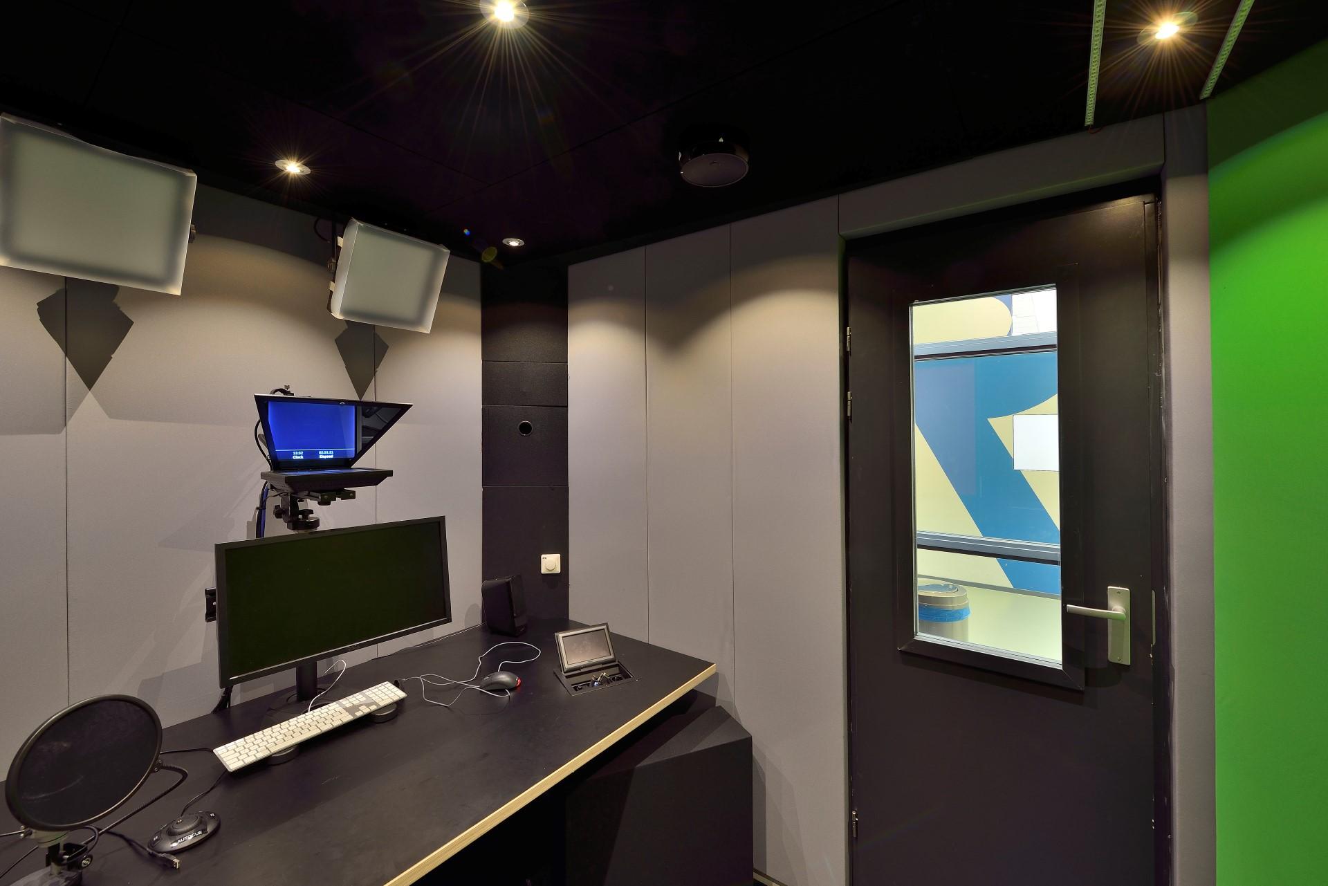 Nieuwe StudioCube 40 geluidscabine voor TU Delft, New Media Centre